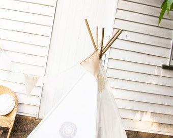 Teepee - Vintage Doily and Natural Ivory Calico Teepee