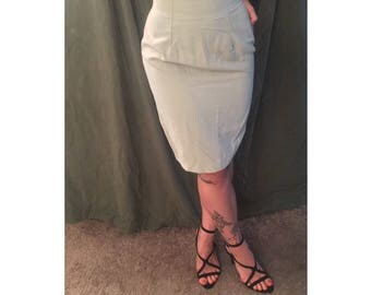vintage high waisted pencil skirt
