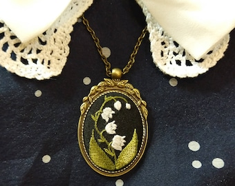lV2 Lily of the valley necklace