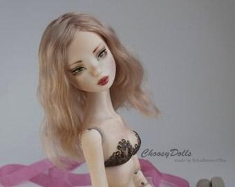 Porcelain bjd doll Liza