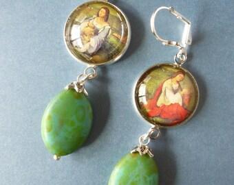 "Earrings Renaissance ""BLOIS"" cabochon illustrated Renaissance, Bohemian glass, green jade, Renaissance fashion, silver metal"