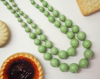 Garden Green Bead Necklace