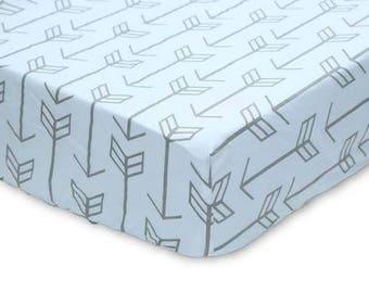 Gray Arrows on White   Crib Sheet