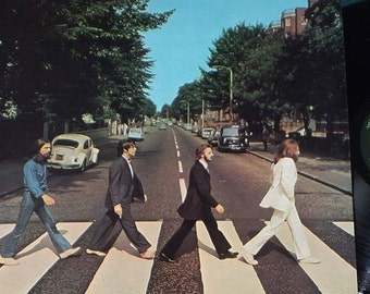 """The Beatles """"Abbey Road"""" - Vinyl/Record/LP - Vintage classic - Rare & in Excellent Condition! Free Shipping!"""
