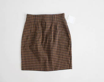 high waist plaid skirt | 90s stretch skirt | fitted plaid skirt