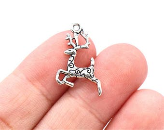 12 Pcs Reindeer Charms Deer Pendants Antique SIlver Tone 2 Sided 25x23mm - YD0221