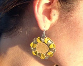 Sewing leather earrings