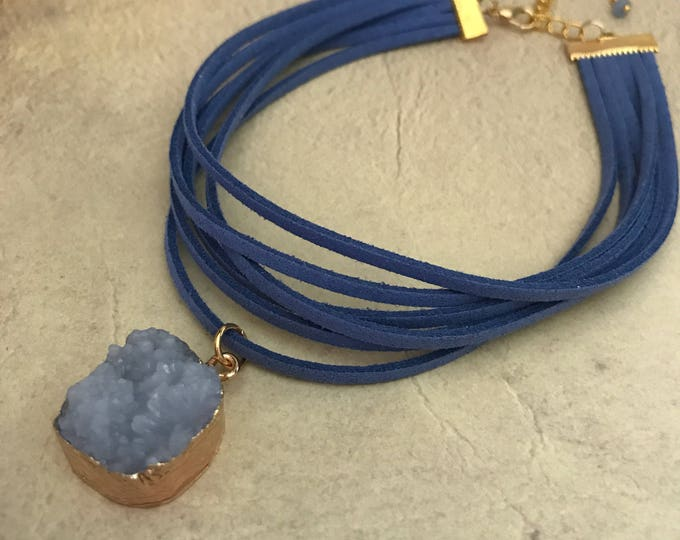 Leather Druzy Pendant Druzy Choker Necklace Leather Vegan Suede Blue Gold Dipped Druzy Earrings Set Natural Stone Gemstone Quartz Geode Gift