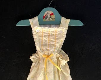 Vintage 70s Baby Girl Romper Yellow Daisy Sunsuit Romper Size 0-3 Months