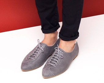 Sale 35% off! Women leather shoes, women shoes, gray flat shoes, women oxford shoes, gray tie shoes, grey and white shoes. Alexander model