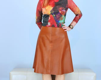 "1990s Skirt - Brown Leather Skirt - A-line - Midi - Half Circle Flare Skirt - Warm Caramel - Soft Leather - Vintage Roots - XS/S 25"" Waist"