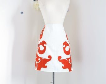 "1990s Skirt - Anthropologie Flame Skirt - Short A-line Skirt - White Orange - Graphic Baroque Appliqué - Summer - Size Medium 28"" Waist"
