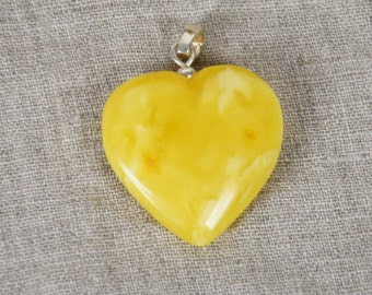 Baltic amber pendant,amber heart,heart pendant,untreated amber,natural amber,sterling silver pendant,yellow amber,butterscotch amber,gift