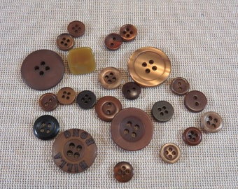 23pcs round buttons, Brown buttons, round Brown buttons, set of 23 buttons buttons decoration, scrapbooking, sewing creation