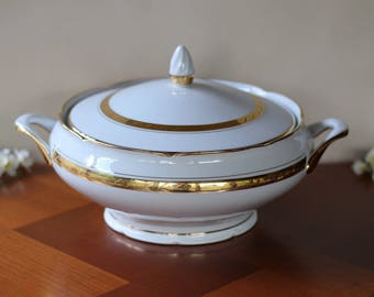 porcelain soup french tureen