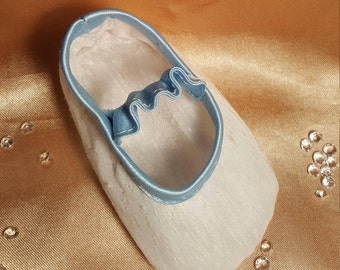 Reborn baby shoes white & baby blue