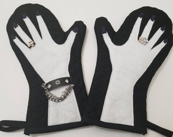 Kitchen Mitt, Goth Kitchen, Kitchen Glove, Oven Mitt, Oven Glove, Black Kitchen Accessories, Black Kitchen Mitt, White Kitchen Mitt, Goth