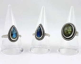 LaoOne * Sterling Silver Rings * with beautiful Labradorite