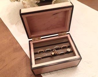 Birdseye Maple Ring Jewelry Box
