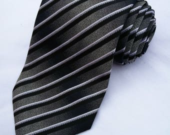 Hugo Boss tie with bold diagonal stripes in black grey and white