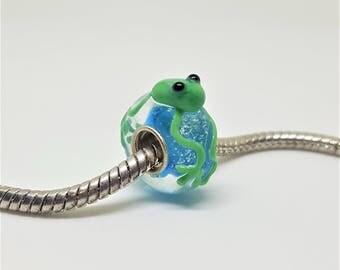 Green Froggy Glass Bead for European Bracelets (item B027)