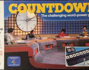MB Games Countdown Vintage Board Game Good Condition