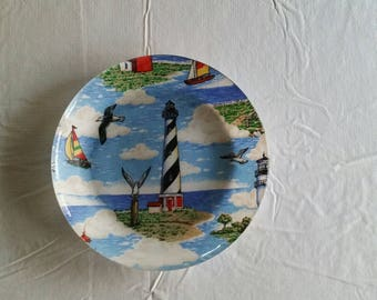 "vintage lighthouse 9.75"" glass serving plate - cape hatteras picture souvenir - seagulls ocean decor kitchen crafted condiments art dish"