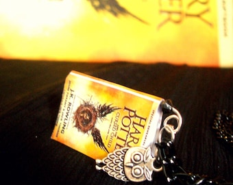 Miniature book necklace * Harry Potter and the cursed child *
