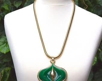 LANVIN 1970 Lucite Pendant Necklace