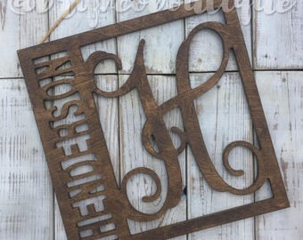 Square Family Name / Monogram / Rustic Home Decor / Personalized Door Hanger