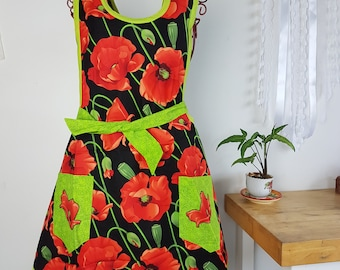Apron Poppy Adult