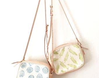 Small Summer Bag / Leather Crossbody Purse / Leather Purse bag / Monstera Leaf Print/ Vegetable Tan Leather Cross body Bag