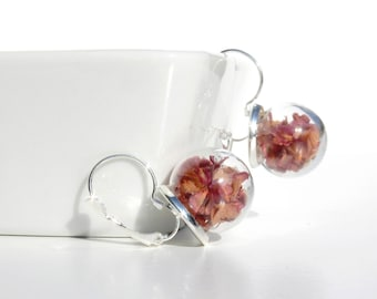 Glass globe earrings / flowers