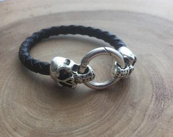 Skull Bracelet, black skull,  Memento mori bracelet, Black leather, Mens jewelry, Gothic skull, skull jewelry, Biker bracelet, skeleton