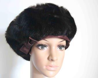 Women's Jacoll Vintage Faux Fur Designer Hat '50s '60s  Good condition  Stunning