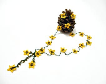Yellow green necklace Star necklace Turkish crochet oya necklace Beaded oya necklace Lariat flowers necklace Crochet beadwork bracelet