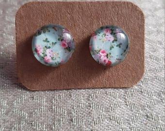 Flower earrings, glass cabochon