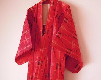 Vintage Japanese Kimono / Wool Kimono / Red Color