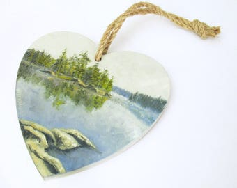 oil painting // wooden heart 'a peaceful lake' // hand-painted decorative item