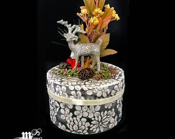 Paper Mache Box with Deer, Silver, Glittery, Reindeer, Flowers, Floral, Plants, Christmas, Festive, Decoration, Ornament, Jewelry Box, Cute