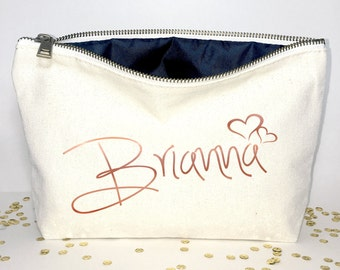Personalized Bridesmaid makeup bag- Canvas cosmetic bag- bridesmaid gift- Wedding favors- Bridal gift - Zipper pouches - Weddings
