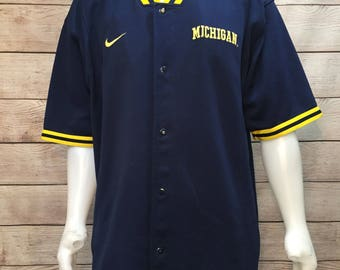 Vintage Nike NCAA College Basketball University of Michigan Wolverines Basketball Button Up Warmup Top