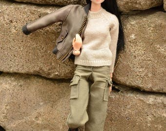 Momoko clothes, Barbie clothes, cargo pants for Momoko, cargo pants for Barbie Curvy, Barbie Tall, Barbie Petite, Barbie, Beige or kaki