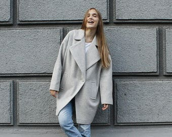 Oversize Stylish women's coat Woolen coat Light- gray coat Coat for a girl Short coat Woolen coat Autumn coat Lined coat