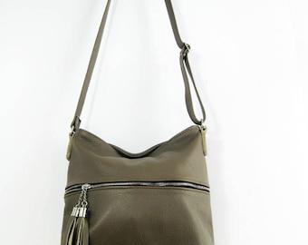 Fringe bag, Small Crossbody Leather Bag,  leather purse, crossbody purse, leather shoulder bag, everyday bag, leather bag, leather tassels