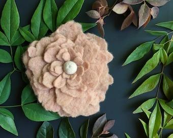 Beige Felt Flower Brooch, Handmade Beige Flower, Gift, Felted Flower, Hand Felted Brooch, Wool Jewelry felted brooch,Wool Accessorie, Brooch