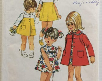 Simplicity vintage sewing pattern 8668 - toddler's coat and dress - size 2