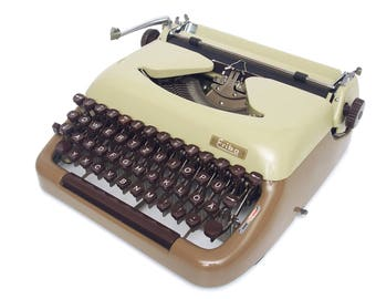 Erika 10 Typewriter - Fully Working - Vintage Typewriter - Serviced - Beige Brown Typewriter