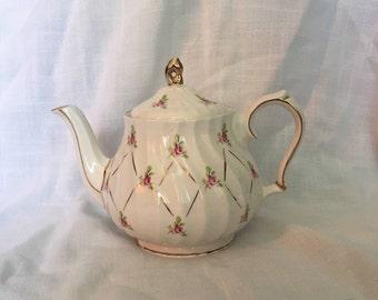 Vintage Sadler Pink Rose Swirl Teapot