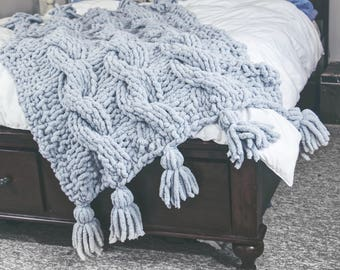 Bulky Knit Blanket with Tassels Chunky Knit Gifts for her, Gifts for him